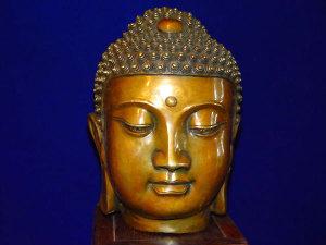 (En el budismo no hay autoridades jerárquicas)