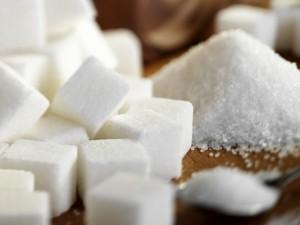 """(La sacarosa se conoce vulgarmente como """"azúcar"""")"""