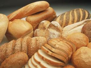 (El pan es una de las comidas más populares)