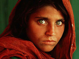 (Retrato hecho por Steve McCurry)
